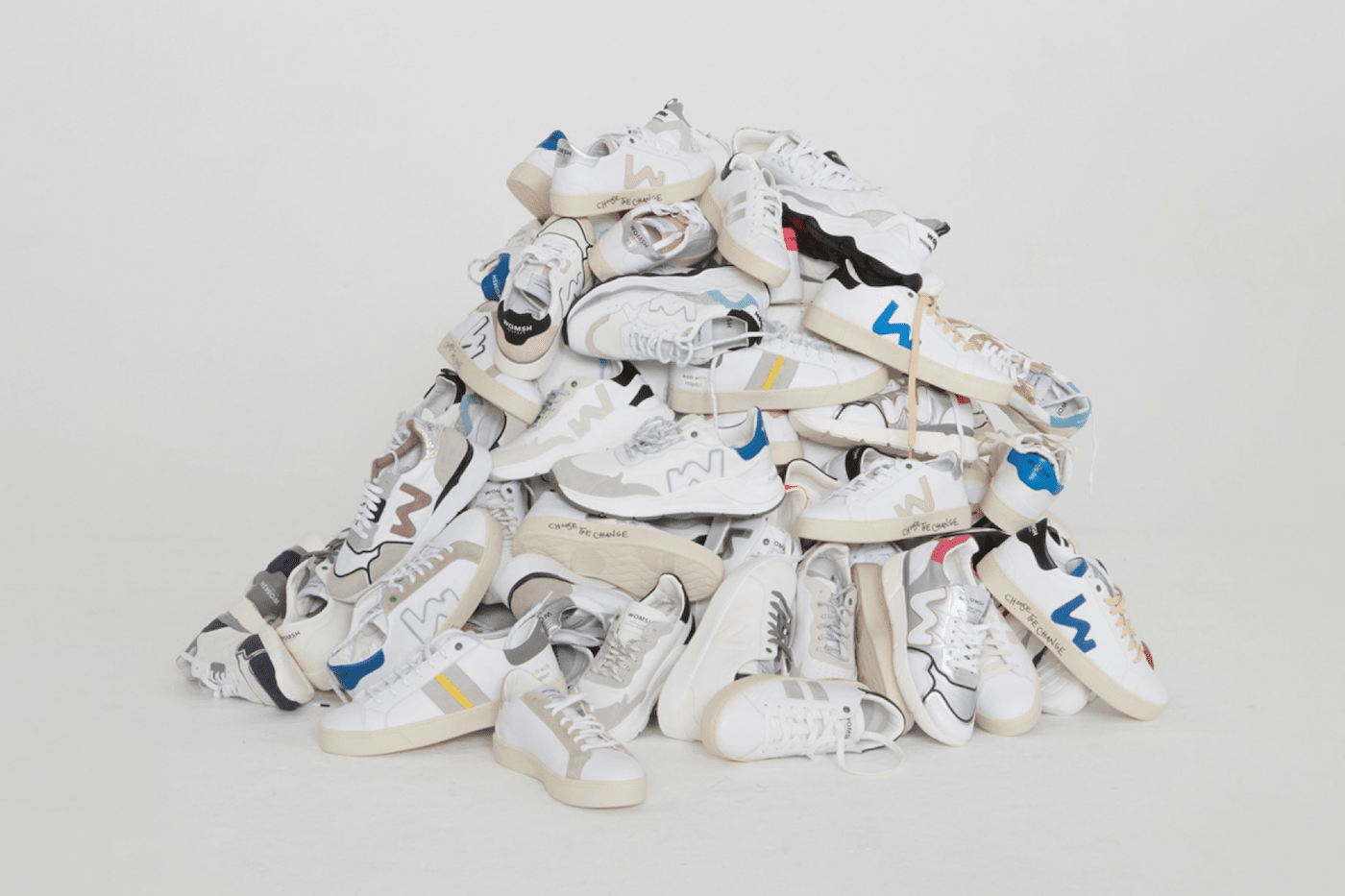 Sustainable sneakers WOMSH